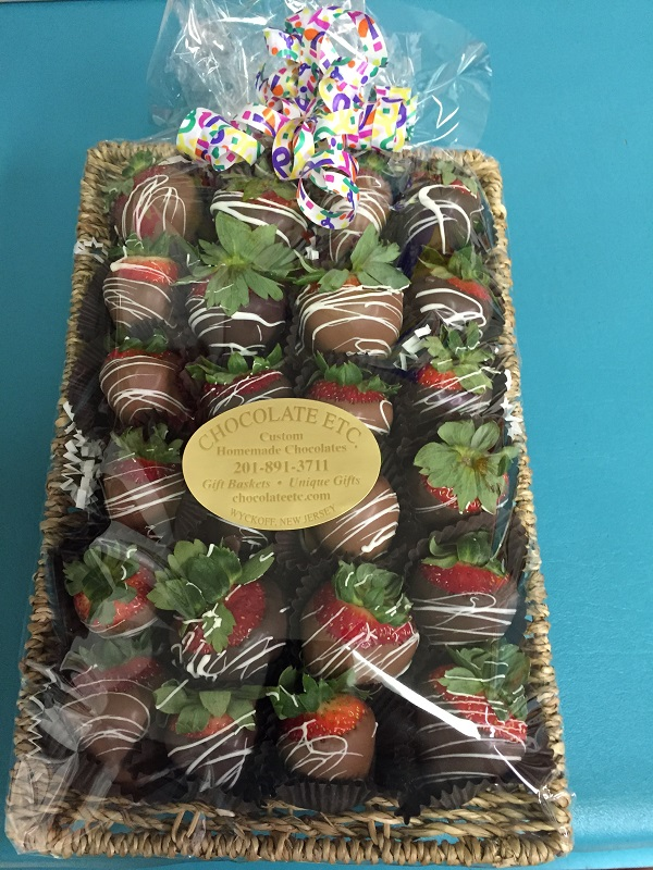 Chocolate Dipped Strawberries Tray